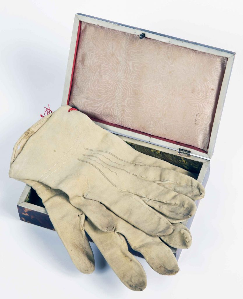 Napoleon Bonaparte's gloves