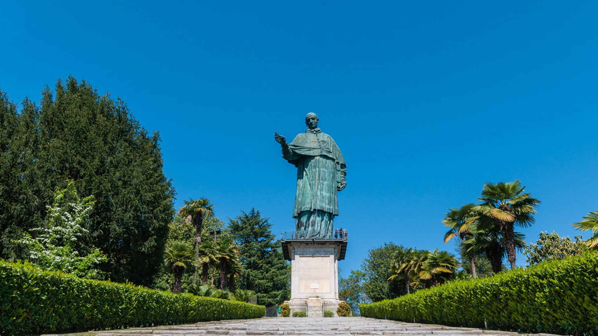 THE STATUE OF SAINT CHARLES IN ARONA REOPENS