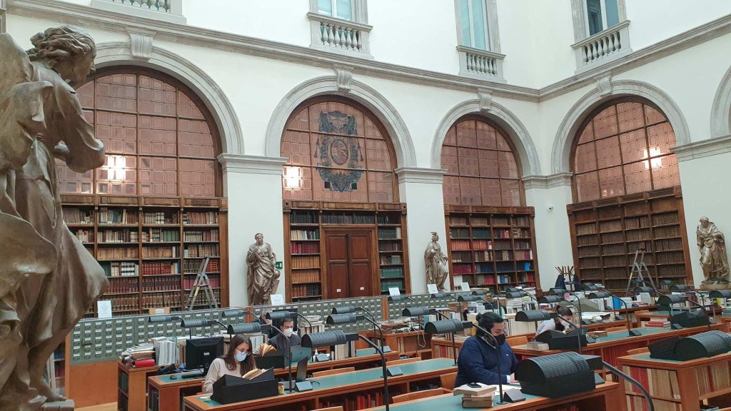 READING ROOM<br>OPEN FROM APRIL 13